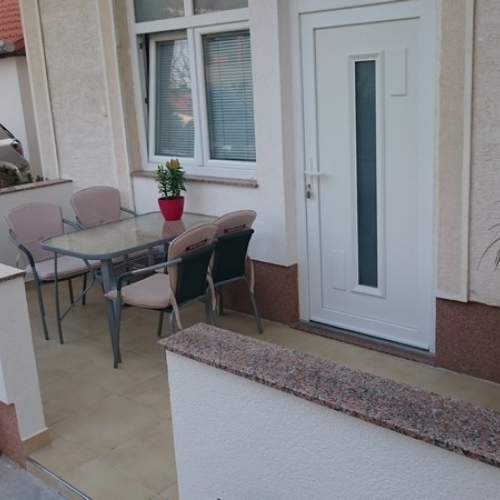 Irela-Comfort one bedroom apartment with balcony-A3