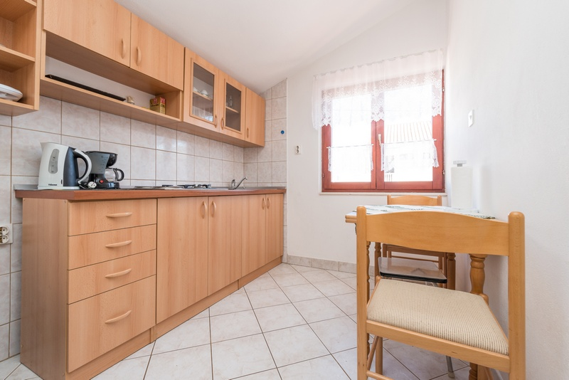 Miljenka - Two bedroom apartment with terrace